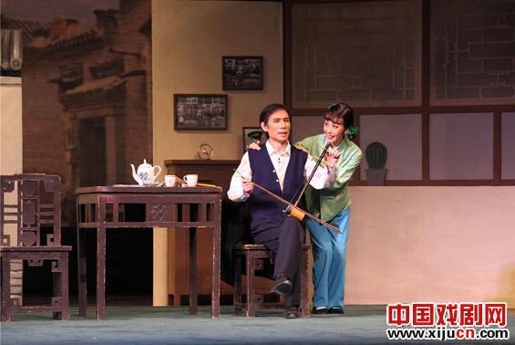 《向阳店》是20世纪60年代风靡中国的经典故事剧的原版。