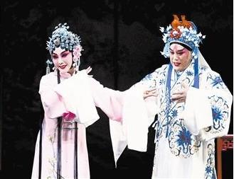 天津平剧剧院上演平剧《赵金堂》,改编自花牌的代表作《朱文姬》