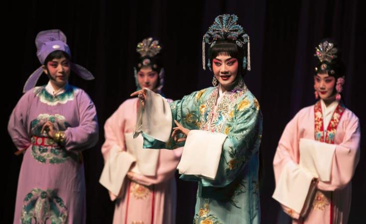 中国国家京剧剧院成功完成了对英国的第五次访问