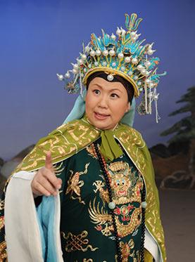 6月22日晚,长安大剧院上演了京剧《青年男女将军》