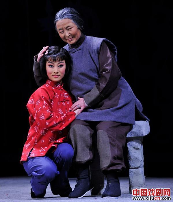 京剧现代戏《刘胡兰》参加十大艺术节