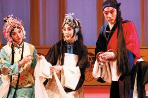 改编后的京剧《野猪林》受到了沪剧爱好者的热烈欢迎。