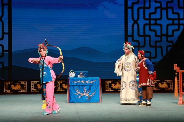 贵州京剧剧院的标志性戏剧《铁红原》和《京剧经典》的门票已经售罄