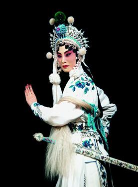 京剧《白蛇传》于5月24日在长安大剧院上演。