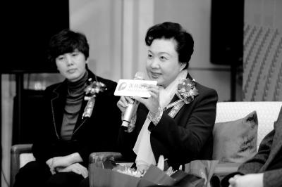 京剧大师王蓉蓉主演的三大歌剧《赵氏孤儿》、《西厢记》和《状元》已经巡回演出20次。