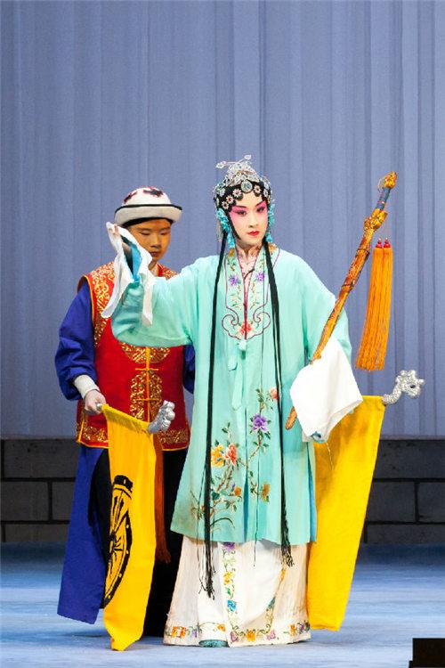 民谣《临江一号》的青年版将在中国大剧院上演。