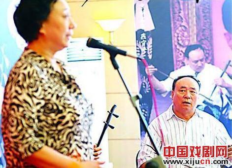 """阎寿平夫妇""""女人和丈夫一起唱歌""""秦云·天生"""