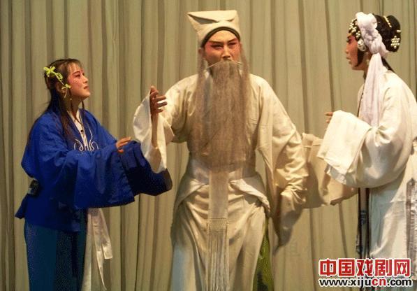 天津平剧《卖苗郎》迎接北京观众