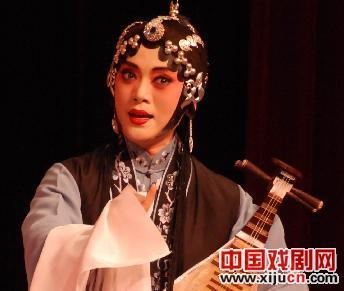 天津评剧白剧团表演评剧《秦香莲》