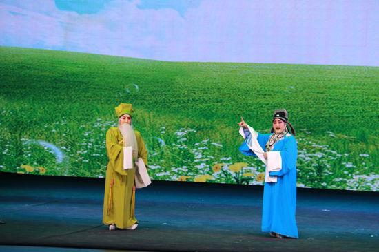 和顺县牛郎织女金剧院上演新历史金剧《郑德秋子》