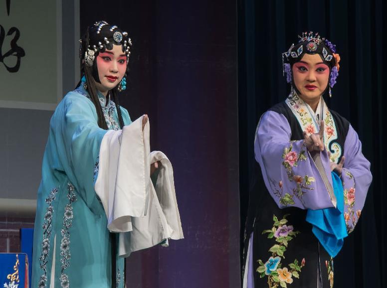 天津评剧白排剧团演出青年版评剧《龚玉安》