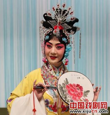 2012年,国家美术学院上演了京剧《太真外传》
