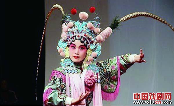 青岛京剧院小剧场推出六部经典折叠剧