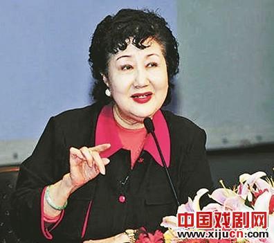 孙毓敏:谁说京剧演员没受过教育