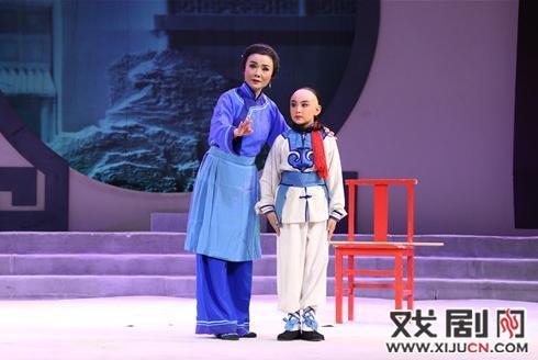 儿童京剧《小马厉安良》获得最高奖项《校园戏剧奖》