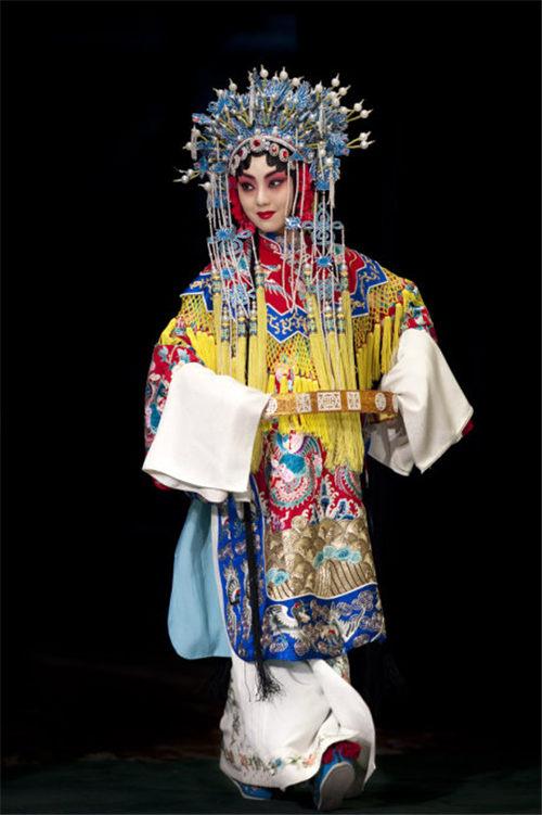 京剧舞蹈演员的脚步