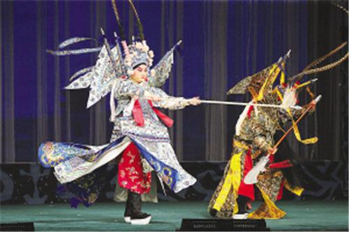 云南京剧团来天津交流演出叶派名剧《罗城》