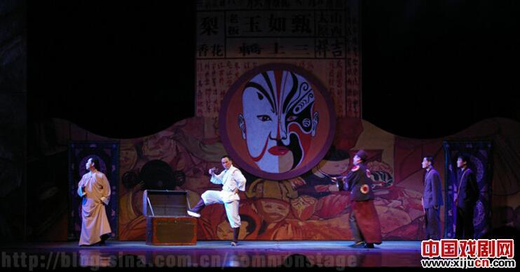京剧像玉一样美丽