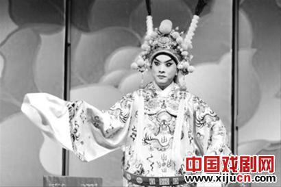 """上海京剧天坛逸夫舞台上演两部""""优秀学校""""专场"""