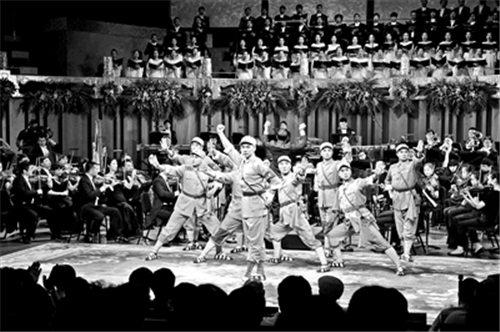 """""""不要忘记战争,是为了维护和平""""京剧交响音乐"""