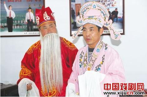 奈曼旗益龙永镇西递村活跃的农家戏剧群