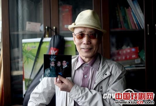 """京剧武术学生第一人康云辉:对""""永远不满足父亲的要求""""束手无策"""