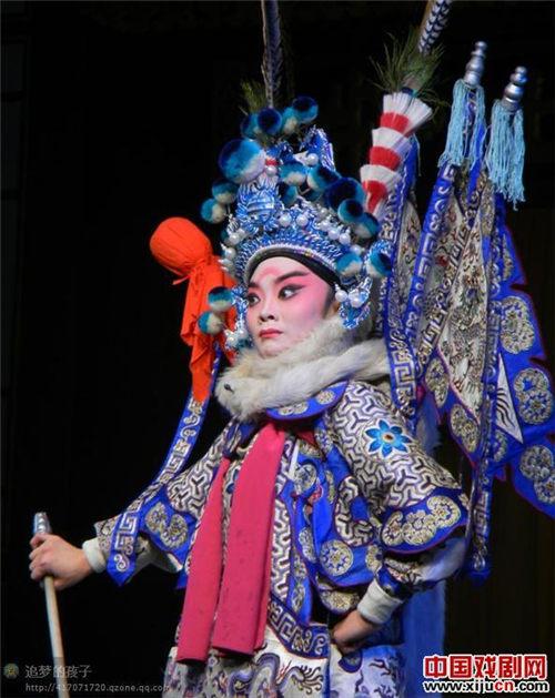 山西金剧院大三学生杨洋