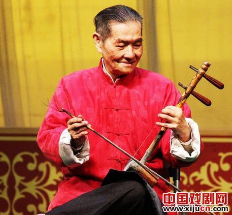 京沪表演艺术家蔡骏因急性心肌梗死抢救无效去世,享年82岁。