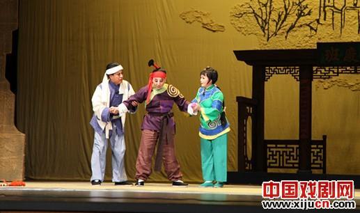 平剧《从春天歌唱到秋天》获得杰出戏剧奖,男主角张军领获得杰出表演奖。
