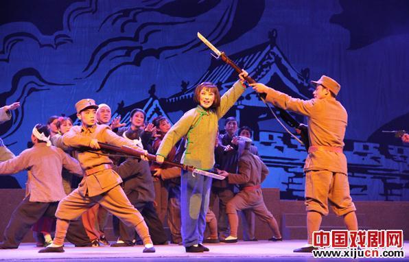 晋剧《刘胡兰》获得第14届文华奖文华戏剧奖