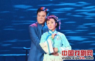 中国平剧剧院创作的新剧《林觉民》引起了热烈的讨论。
