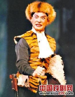 """梅兰芳金牌得主李俊在广州领衔""""智取虎山"""""""