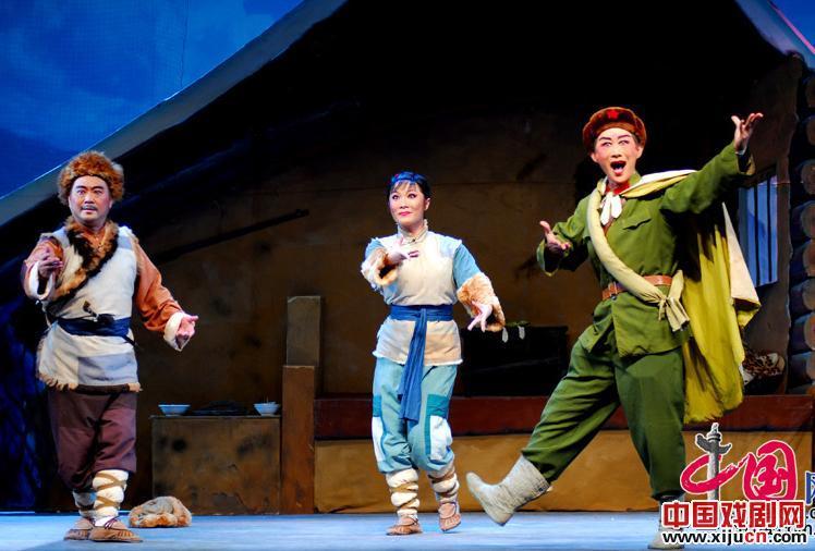 广西使古典现代京剧重新出现在八桂舞台上