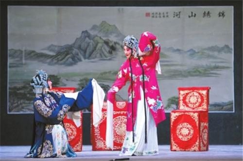 京剧和古代秦腔的精髓是相互反映的。秦腔版的《索林胶囊》出现在晋城
