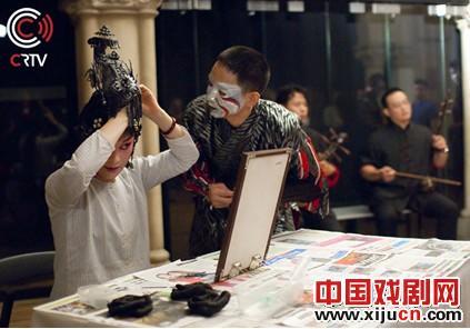 国光剧团新演唱的京剧赢得了荷兰观众的掌声。