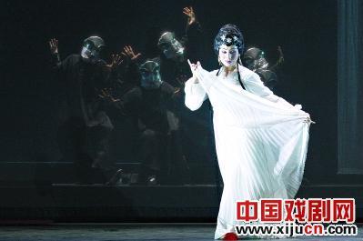 武汉京剧剧院将上演三部大型现代京剧《水上灯》