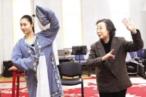 广玉兰,一朵一生都离不开舞台的花。
