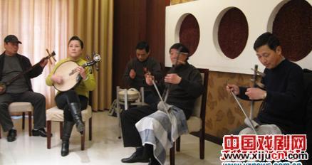 扬州和徐州选民将于5月1日举行京剧音乐会