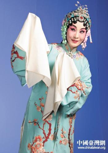 台湾京剧表演艺术家魏海民表演美派经典剧目《凤还巢》
