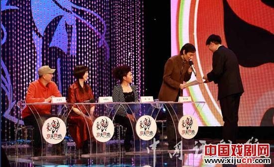 """""""2012年中国古典芬芳评剧分级季""""正在逐渐升温。"""