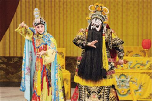 京剧电影《霸王别姬》将于7月3日在码头上映。