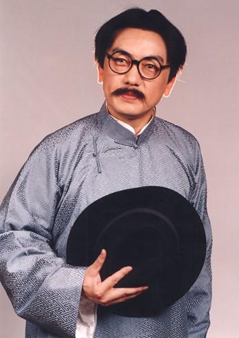 范梁勇在京剧《鹰山红》中扮演钱家辉。
