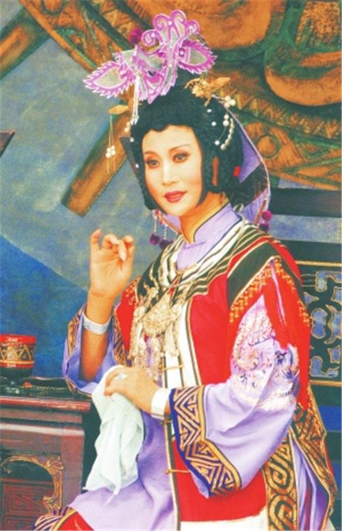 胡春华,云南京剧的第一朵梅花