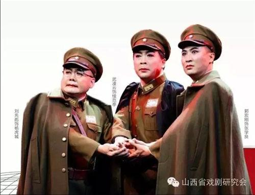 新革命历史剧《拔剑长歌》在少年宫首映