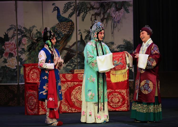 京剧《索林胶囊》在兰州上演;李逸海燕被任命为甘肃大剧院艺术顾问